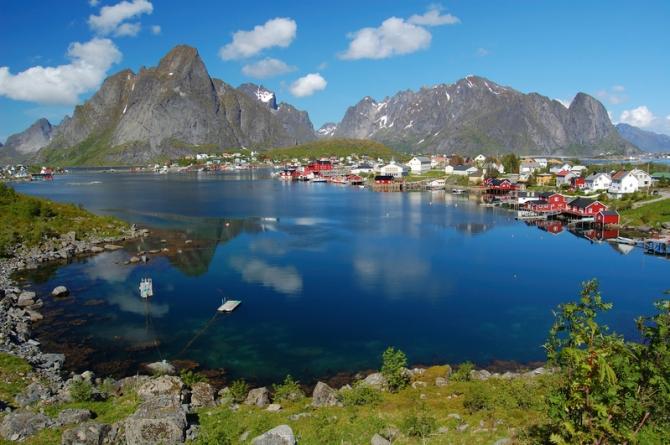 18 ngôi làng thơ mộng đẹp như tranh, ai cũng mơ ước được đặt chân tới dù chỉ một lần