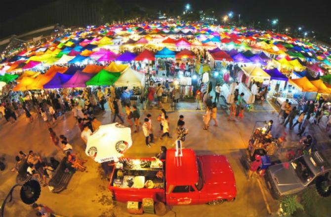 Những chợ đêm nổi tiếng lung linh của Việt Nam