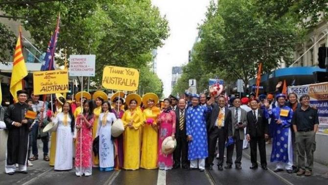 Những Người Việt Đầu Tiên Tại Úc - Nguyễn Quang Duy