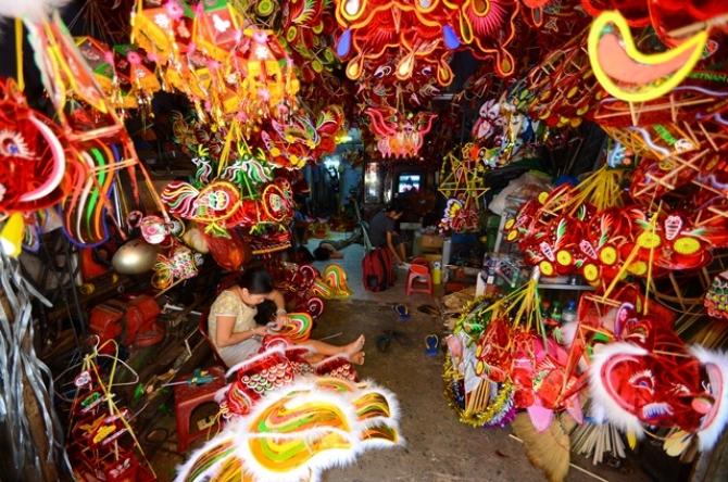 Khôi Phục Đèn Lồng Trung Thu Cổ Truyền Việt Nam - Trịnh Bách