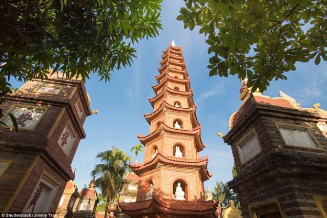 Chùa Trấn Quốc Việt Nam cũng lọt trong Top Chùa đẹp nhất thế giới