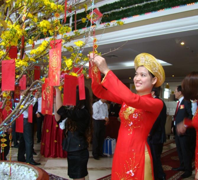 Lễ Chùa, Xin Lộc Đầu Năm - Nét Đẹp Văn Hóa Việt