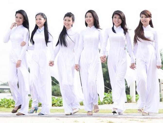 Nét đẹp văn hóa áo dài truyền thống của Phụ Nữ Việt Nam