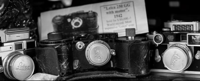 Bộ sưu tập 800 chiếc máy ảnh + 10 máy ảnh phim vẫn được nhiều người sử dụng