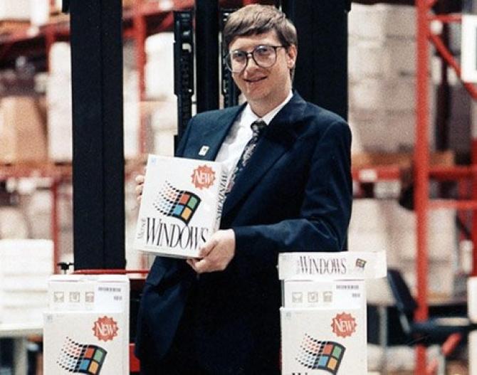 30 bức ảnh ghi dấu thăng trầm thời đầu khởi nghiệp của Apple
