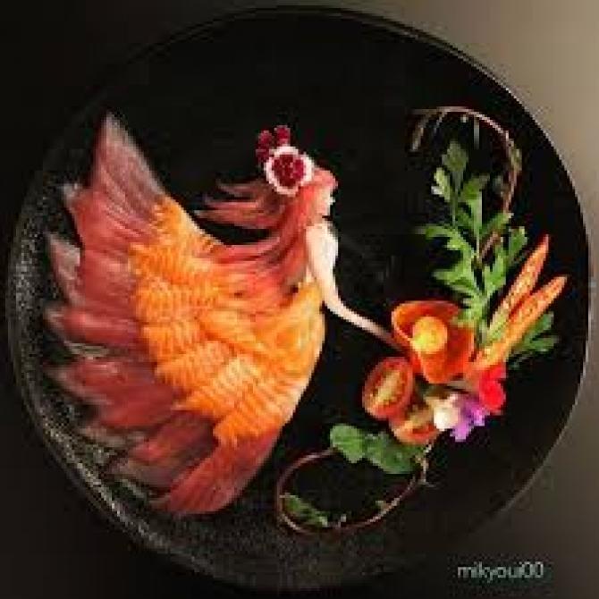 Những bức tranh tuyệt đẹp vẽ bằng… sashimi